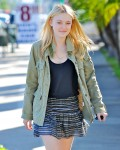 Dakota Fanning / Michael Sheen - Imagenes/Videos de Paparazzi / Estudio/ Eventos etc. - Página 2 34e9ac105442704