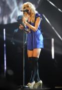 Nov 21, 2010 - Pixie Lott Performance @ T4 Stars of 2010 (pics + video) 9b8a3f107949615