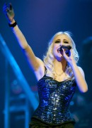 Nov 24, 2010 - Pixie Lott - The Crazycats Tour 7d0e0d108402031