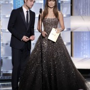 Golden Globes 2011 - Página 2 79731d116301921
