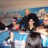 Séance d'autographes - Mexico City (10.11.2009) 10996c131086182