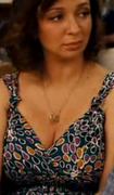Maya Rudolph's milf-y boobs & cleavage ... 8 non-HD caps from 2010's GROWN UPS