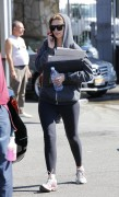 Миша Бартон, фото 10540. Mischa Barton - shopping and at a car wash in California 02/23/12, foto 10540