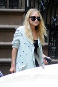 "Ashley Olsen ""Out & About"" In New York City -August 4th 2010- (HQ X8)"